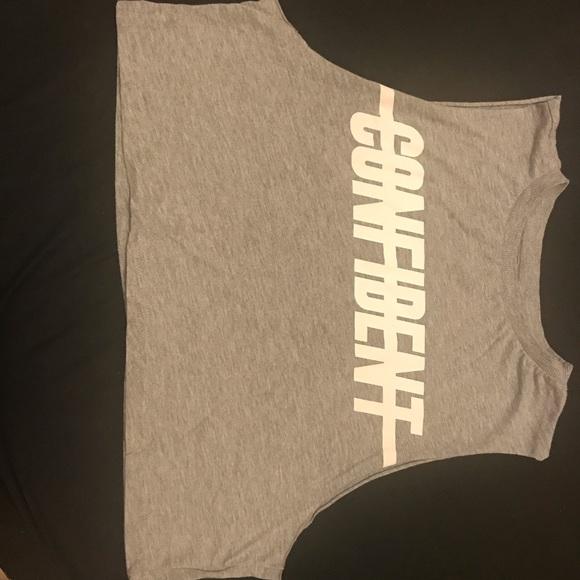 Tops - 'CONFIDENT' crop top shirt